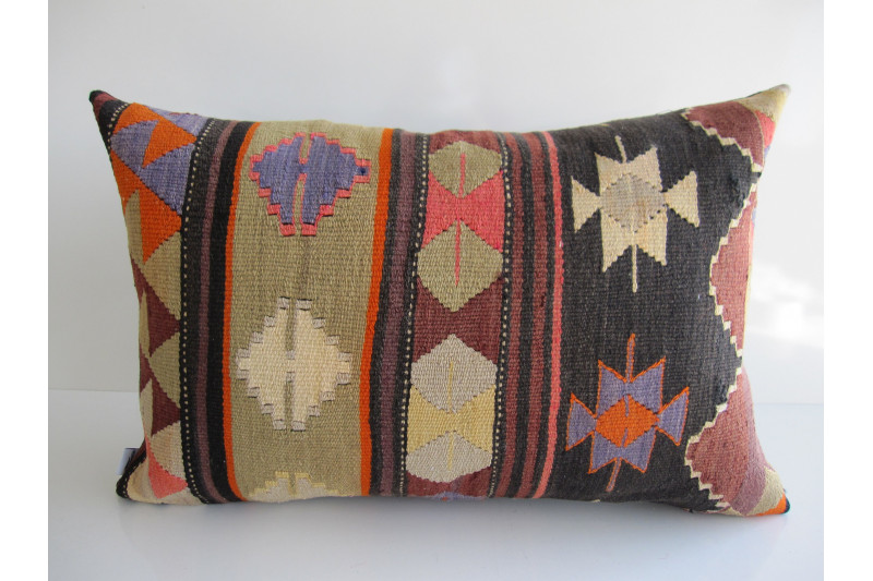 Turkish Kilim Pillow 16x24, ID 166, Kilim From Aydin