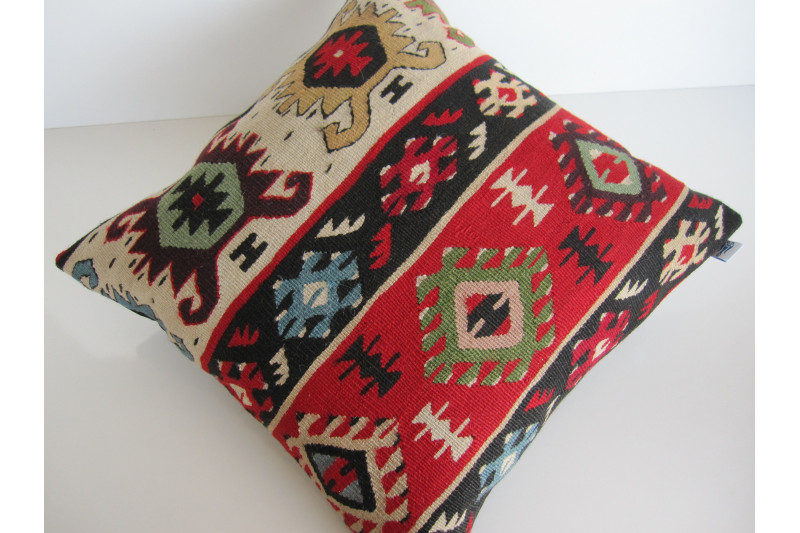 Turkish Kilim Pillow 18x18, ID 138, Kilim From Sarkoy