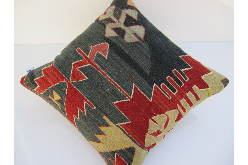 Turkish Kilim Pillow 18x18, ID 058, Kilim From Aydin